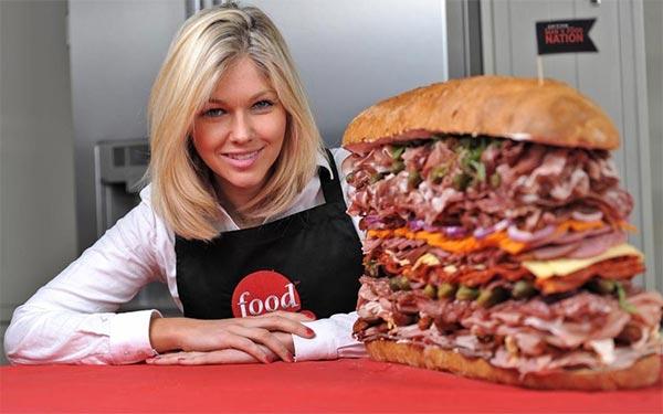 worlds_meatiest_sandwich1